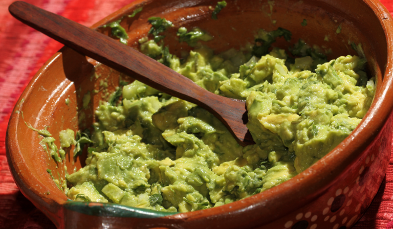 Can Guacamole Be Left Out Overnight?